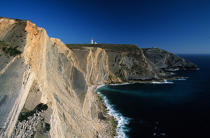 The cliff of Cabo Espichel. © Philip Plisson / Pêcheur d'Images / AA00346 - Photo Galleries - Portuguese Lighthouses