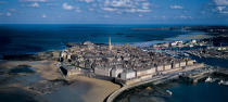 Saint-Malo intra muros view from the sky. © Philip Plisson / Pêcheur d'Images / AA00382 - Photo Galleries - Ille & Vilaine