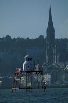 Entry of Cobh port. © Philip Plisson / Pêcheur d'Images / AA02293 - Photo Galleries - Irish Lighthouses