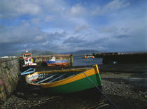 Ships in the harbor at low tide. © Philip Plisson / Pêcheur d'Images / AA02373 - Photo Galleries - Ireland, the green island