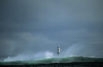 Irish light on the lighthouse Inisheer. © Philip Plisson / Pêcheur d'Images / AA02455 - Photo Galleries - Ireland, the green island