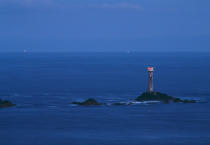 Longships Lighthouse at night.England. © Philip Plisson / Pêcheur d'Images / AA04695 - Photo Galleries - Great Britain Lighthouses