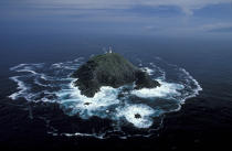 Le Black Rock Mayo vu du ciel. © Philip Plisson / Pêcheur d'Images / AA04740 - Nos reportages photos - Phares Irlande