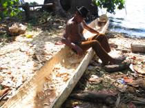 Fabrication of a canoe in the San Blas archipelago © Philip Plisson / Pêcheur d'Images / AA07741 - Photo Galleries - The San Blas Archipelago