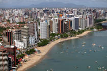 The town of Fortaleza in Brazil. © Philip Plisson / Pêcheur d'Images / AA10228 - Photo Galleries - Jangadas from Brazil