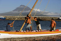 Whaling boat in the Azores. © Philip Plisson / Pêcheur d'Images / AA10612 - Photo Galleries - Pico