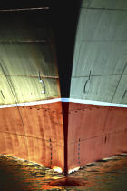 The stem of Queen Mary. © Philip Plisson / Pêcheur d'Images / AA10858 - Photo Galleries - Queen Mary II, Birth of a Legend