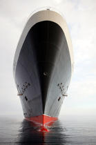 Stem of Queen Mary 2. © Philip Plisson / Pêcheur d'Images / AA11998 - Photo Galleries - Queen Mary II, Birth of a Legend