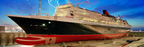 Queen Mary 2. © Philip Plisson / Pêcheur d'Images / AA12230 - Photo Galleries - Queen Mary II, Birth of a Legend