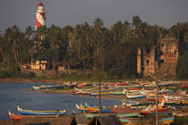 Boats on the beach of Kollam. © Philip Plisson / Pêcheur d'Images / AA12624 - Photo Galleries - Flora