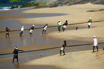 On the beach of Vilinjan. © Philip Plisson / Pêcheur d'Images / AA12671 - Photo Galleries - Inshore Fishing in Kerala, India