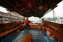 Sampan in Hong Kong. © Philip Plisson / Pêcheur d'Images / AA14034 - Photo Galleries - Hong Kong, a city of contrasts