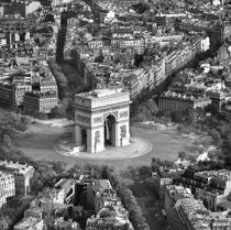 Arc de Triomphe, Paris © Guillaume Plisson / Pêcheur d'Images / AA17729 - Photo Galleries - Urban