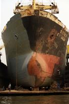 Ship repair in Bangkok. © Philip Plisson / Pêcheur d'Images / AA19257 - Photo Galleries - Naval repairs