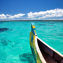 Malagasy pirogue © Philip Plisson / Pêcheur d'Images / AA19400 - Photo Galleries - Sea decoration
