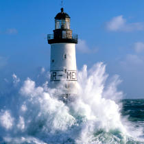 The Ar Men Lighthouse in Finistère. © Guillaume Plisson / Pêcheur d'Images / AA19834 - Photo Galleries - Finistère
