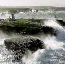Pointe des Poulains on Belle Isle © Philip Plisson / Pêcheur d'Images / AA20576 - Photo Galleries - Storms