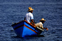 Fishermen on the Martinique coast. © Philip Plisson / Pêcheur d'Images / AA20685 - Photo Galleries - Fishermen of the world