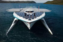 Le Tûranor Planetsolar © Philip Plisson / Pêcheur d'Images / AA27409 - Photo Galleries - Le Tùranor Planetsolar
