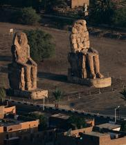 The Memnon giants © Philip Plisson / Pêcheur d'Images / AA30265 - Photo Galleries - Egypt from above