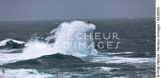 The storm Joachim on the Brittany coast. [AT] - © Philip Plisson / Pêcheur d'Images / AA32855 - Photo Galleries - Winters storms on Brittany coasts