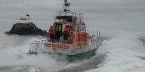 Lifeboat from Sein island © Philip Plisson / Pêcheur d'Images / AA34002 - Photo Galleries - Island [29]