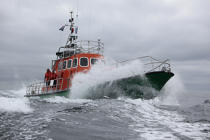 Lifeboat from Sein island © Philip Plisson / Pêcheur d'Images / AA34007 - Photo Galleries - Island [29]