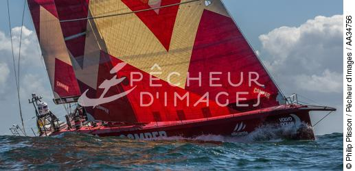 Volvo Ocean Race - Start of the last stage between Lorient and Galway [AT] - © Philip Plisson / Pêcheur d'Images / AA34756 - Photo Galleries - Ocean Volvo Race