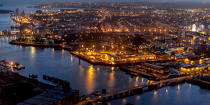 The port of Lorient by night © Philip Plisson / Pêcheur d'Images / AA35916 - Photo Galleries - Night