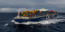 The container ship Marco Polo © Philip Plisson / Pêcheur d'Images / AA35939 - Photo Galleries - CMA CGM Marco Polo
