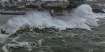 Petra storm on port Conquet © Philip Plisson / Pêcheur d'Images / AA37172 - Photo Galleries - Storm at sea