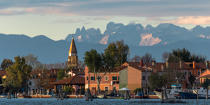 Burano island © Philip Plisson / Pêcheur d'Images / AA37465 - Photo Galleries - The Venitian lagoon