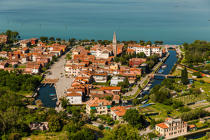 the Island of Lido, which protects the Venice lagoon © Philip Plisson / Pêcheur d'Images / AA37500 - Photo Galleries - Port