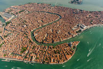 Venice © Philip Plisson / Pêcheur d'Images / AA37582 - Photo Galleries - Venice like never seen before