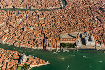 Venice © Philip Plisson / Pêcheur d'Images / AA37584 - Photo Galleries - Venice like never seen before