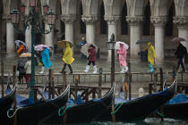 High tide in Venice © Philip Plisson / Pêcheur d'Images / AA37733 - Photo Galleries - Tide
