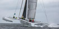 ©  / Pêcheur d'Images / AA38566 Le Tour de Belle-Ile 2015 - Le trimaran ORMA 60 pieds Sensations. - Nos reportages photos - Multicoque de course