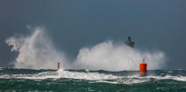 © Philip Plisson / Pêcheur d'Images / AA39422 Le Four lighthouse, 2017 Zeus storm - Photo Galleries - Maritime Signals