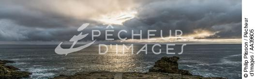 Light on the Wild Coast of Quiberon - © Philip Plisson / Pêcheur d'Images / AA39605 - Photo Galleries - Environment