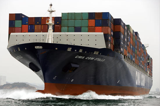 Plisson report photo - Containerships, the excess