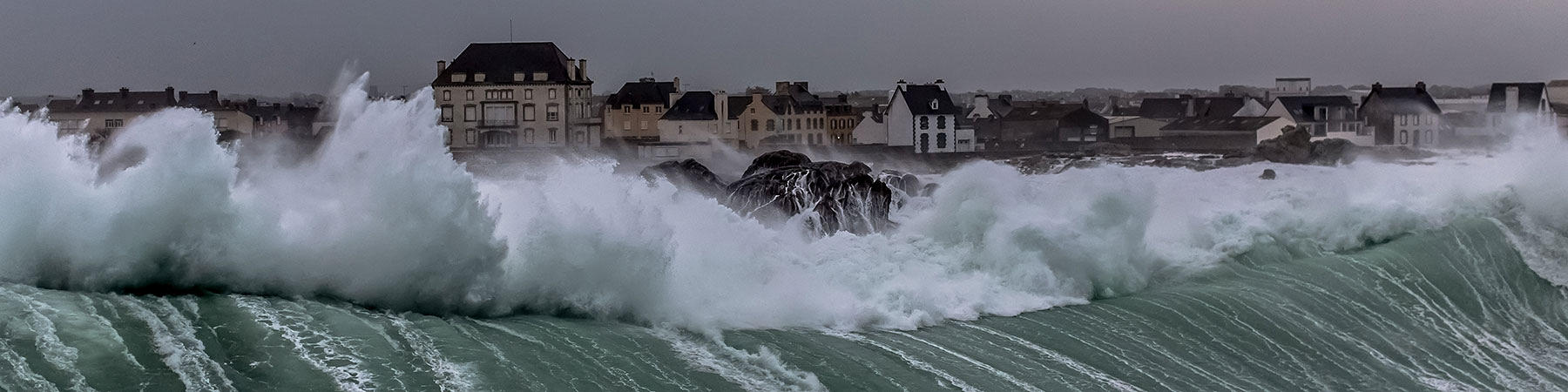 Storms - Photo Plisson