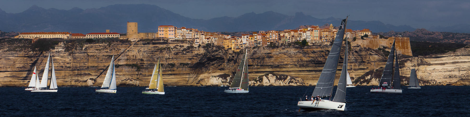 Sailing race around Corsica - Photo Pêcheur d'Images
