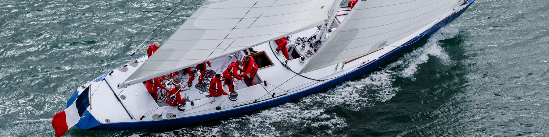 The reborn of 12 M JI France - Photo Plisson